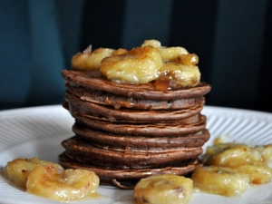 roasted-banana-chocolate-pancakes